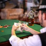 Play Online Casino By Considering 4 Essential Aspects